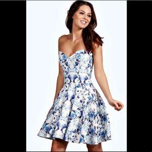 NWT Boohoo Hallie Dress - uk size 8 (USA 4)